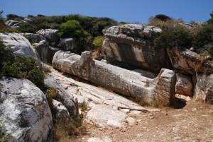 Ausschuß-Statue in Apollonas